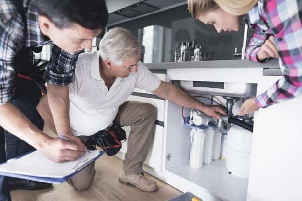 4-ways-get-rid-of-clogged-waste-pipe-with-chemicals